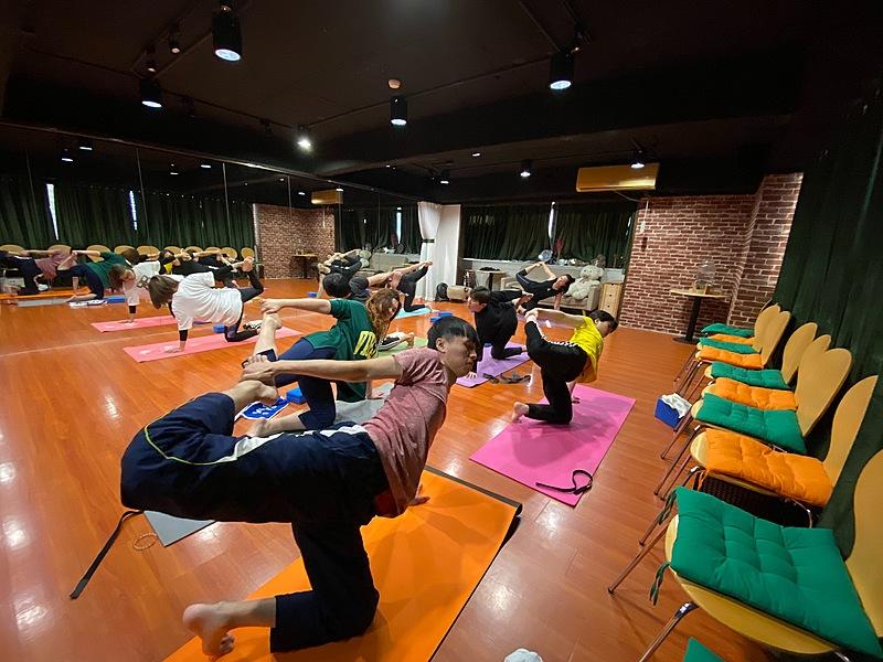 和自律神經失調說不!專訪瑜珈老師:用運動對抗現代文明病