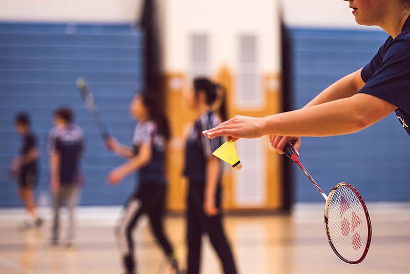 羽球新手村任務一:如何選擇適合自己的羽球拍!