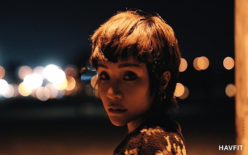 擁抱人生每段故事,我懷著溫柔與堅毅前行-梁云菲Nana